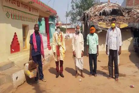 ক'ৰোনা কালত সজাগ-সচেতনতা। কইনাঘৰলৈ আহিল দৰাসহ মাত্ৰ ৫জন লোক। দৰাঘৰৰ এই কাৰ্যক চৌদিশে প্ৰশংসা।
