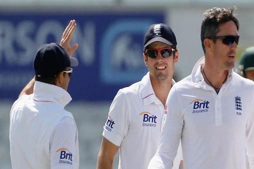 अहमदाबाद में भारत और इंग्लैंड के बीच 15 नवंबर से शुरू होने वाली टेस्ट श्रृंखला से पहले इंग्लिश टीम हरियाणा के खिलाफ अपना तीसरा अभ्यास मैच खेल रही है।