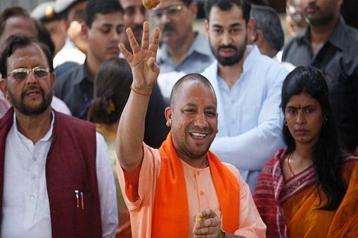 उत्तर प्रदेश के मुख्यमंत्री योगी आदित्नाथ ने प्रदेश के बुलेंदखंडवासियों को राहत का पैकेज दिया है.