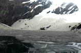 VIDEO: 15 हजार फीट की ऊंचाई पर है ये बर्फीला तालाब, सैकड़ों लोग लगाते हैं डुबकी