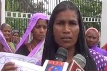 VIDEO : मुजफ्फरपुर में मनरेगा मजदूरों ने किया डीएम का घेराव