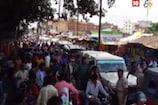 VIDEO: टीसी नहीं मिला छात्रों ने जाम किया रोड, फंसी रही एसडीओ की गाड़ी