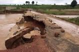 VIDEO: छत्तीसगढ़ में भारी बारिश से कई पुल क्षतिग्रस्त