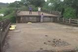 VIDEO: बारिश के कारण पुल ढहने से 30 गांवों का आवागमन ठप