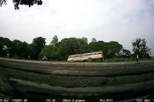 देखिए लखीमपुर खीरी में रोडवेज बस पलटने का Live वीडियो