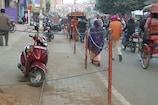 VIDEO: देवघर नगर निगम ने फुटपाथ को बनाया पार्किंग