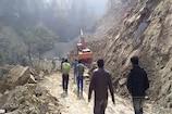 VIDEO : ऑल वेदर रोड बनाने के दौरान पहाड़ से गिरा मलबा, रास्ता बंद