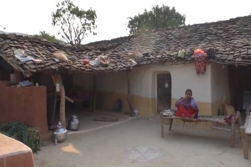 वन विभाग ने नहीं होने दिया आठ गांवों का विकास फोटो-ईटीवी