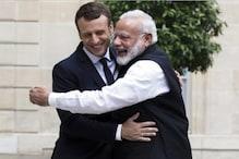 3 दिन के दौरे पर भारत पहुंचे फ्रांस के राष्ट्रपति, PM मोदी कराएंगे बनारस की सैर