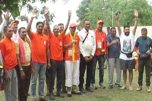 दूसरा दल 57 यात्रियों के साथ अल्मोड़ा से पिथौरागढ़ के लिए रवाना