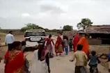 VIDEO : ग्रामीणों के विरोध पर पतली गली से निकले विधायक