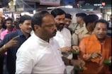 VIDEO: साकची बाजार में मजे से गोलगप्पे खाते नजर आए CM रघुवर दास