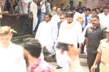 VIDEO: अभिषेक बच्चन की एक झलक पाने को सती घाट पर जमा हुई भीड़