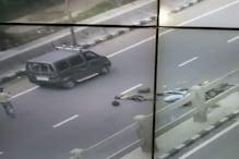 कानपुर: बीच सड़क पर तड़पते रहे घायल, VIDEO बनाकर चलते बने लोग