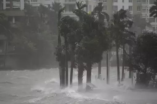 माइकल तूफान की फाइल फोटो