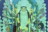 VIDEO: घाटशिला के दुर्गा पूजा पंडालों में उमड़ी भक्तों की भीड़