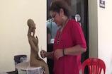 VIDEO: यहां 'आर्ट वर्कशॉप' में कलाकार कर रहे हैं अपने हुनर का प्रदर्शन