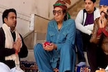 VIDEO: पुष्कर में दर्शन करने पहुंचे फिल्म अभिनेता रंजीत