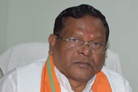 Chhattisgarh Election Result 2018: यहां दांव पर गृहमंत्री की साख, क्या रामसेवक पैकरा को मिलेगी तीसरी जीत?