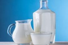 भूलकर भी न लें दूध के साथ ये 5 फूड्स, पहुंच सकता है सेहत को नुकसान