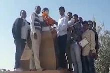 बाड़मेर में शहीद भीखाराम की जयंती पर लोगों ने किया रक्तदान