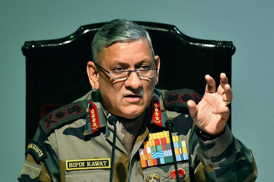 आर्मी चीफ बिपिन रावत ने बयानदिया हैकि भारतीय सेना में समलैंगिकों को जगह नहीं मिलेगी. आर्मी की सालाना प्रेस कॉन्फ्रेंस में बिपिन रावत ने कहा कि भारतीय सेना में समलैंगिकता की इजाजत नहीं मिल सकती, हमारी सोच रुढ़िवादी है.आपको बता दें कि दुनिया के 20 से ज्यादा देशों की सेना में GAYलेस्बियंस की भर्ती होती है. इन देशों की सेनाओं में GAY लोगों को समान अधिकार तो मिलते ही हैं बल्कि इसके साथ-साथ उन्हें स्पेशल मिशन पर भी भेजा जाता है.