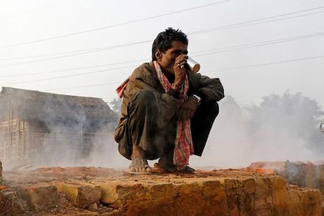 मजदूरों को बेरोजगार बना रहा है दिल्ली का प्रदूषण!