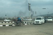 PHOTOS: पुलवामा हमले के खिलाफ जम्मू में जबरदस्त गुस्सा, सड़कों पर उतरे लोग