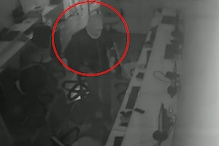 CCTV में चोरी का अंदाज कैद, रिकॉर्डर में चोरों की ट्रिक्स