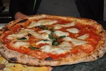 अब चलती ट्रेन में ऑनलाइन मंगा सकते हैं अपना पसंदीदा खाना और Pizza, ये है तरीका