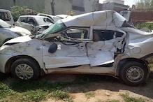 PHOTOS: सोनीपत में ट्रक और कार की टक्कर, हेड कांस्टेबल की मौत