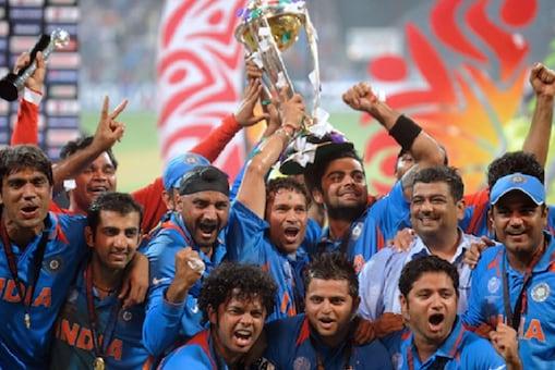 वर्ल्ड कप 2011 की चैंपियन टीम इंडिया