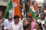 हमीरपुर कांग्रेस कार्यकर्ताओं ने डोर टू डोर जाकर मांगे वोट