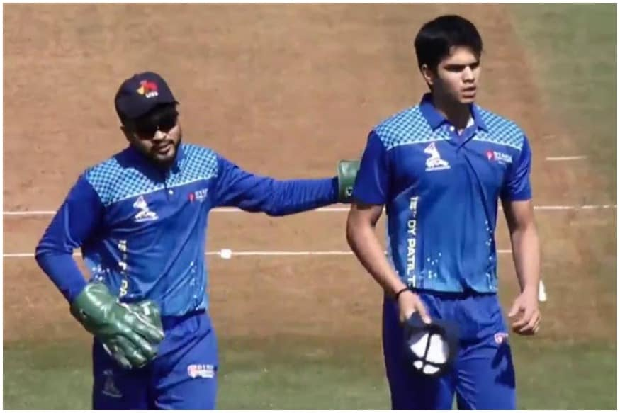 मुंबई के वानखेड़े स्टेडियम में टी20 लीग का आगाज हो गया है जिसमें सचिन के बेटे अर्जुन तेंदुलकर ने अपना टी20 डेब्यू किया है. अर्जुन तेंदुलकर ने अपने डेब्यू मैच में शानदार प्रदर्शन किया. 19 साल के अर्जुन ने गेंद और बल्ले से अपना कमाल दिखाया.