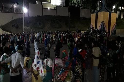 आदिवासी समाज का प्रदर्शन