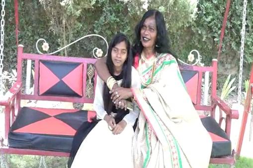 किन्नर जीनत महंत ने एक बच्ची गोद ली और उसके परवरिश के लिए नाचना और गाना छोड़ दिया