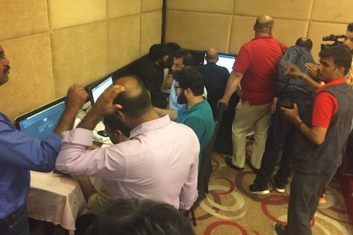'मीडिया सुविधा केंद्र' में मौजूद पत्रकार.