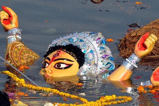 गंगा में मूर्तियों के विसर्जन को लेकर सख्त नियम बनाए गए हैं