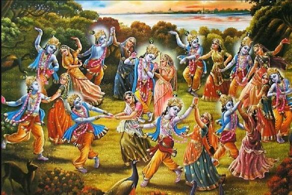 आज ही के दिन भगवान कृष्ण ने रचाई थी महारास लीला (प्रतीकात्मक फोटो)