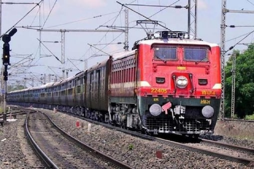 रेलवे ने इस कार्रवाई में 2801 टिकटों को ब्लॉक भी कर दिया है