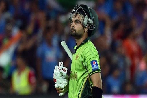 पाकिस्तान के बल्लेबाज अहमद शहजाद हालिया समय में बेहद खराब फॉर्म में हैं. (फाइल फोटो)