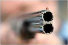 'धमकी' देने के कारण बंदूक का लाइसेंस गंवा सकते हैं चंबल के लोग