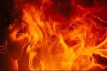 बच्चे खेल रहे थे पैरावट में आग लगाने का खेल, माचिस मारी तो खुद जिंदा जले