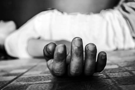 कोर्ट जा रहा कैदी रेलवे फाटक पर ट्रेन के सामने कूदा, मौत के बाद पुलिस पर उठे सवाल