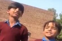 कुमार विश्वास ने गाना गाते दो बच्चों का ट्वीट किया वीडियो, लोगों ने कहा- वाह