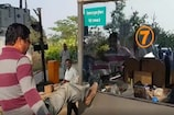 VIDEO: टोल प्लाजा में जमकर तोड़फोड़, 150 लोगों के खिलाफ हुई FIR