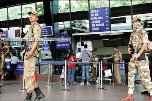 श्रीनगर और जम्मू एयरपोर्ट की बढ़ाई सुरक्षा