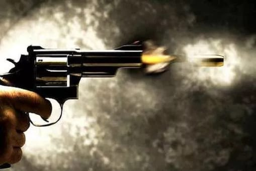 शिवपुरी जिले में मामूली बात पर दलित युवक पर गोली चलाने का मामला सामने आया है. (फाइल फोटो)