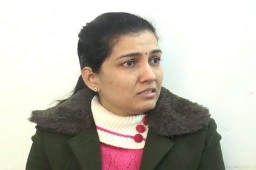 डॉ. प्रियंका ने आरोप लगाया कि उन्होंने करीब तीन से चार साल तक मारपीट समेत सबकुछ सहन किया, लेकिन कोई सुधार नहीं हुआ.
