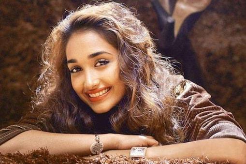 जिया खान ने फिल्म 'गजनी' में अहम भूमिका निभाई थी.
